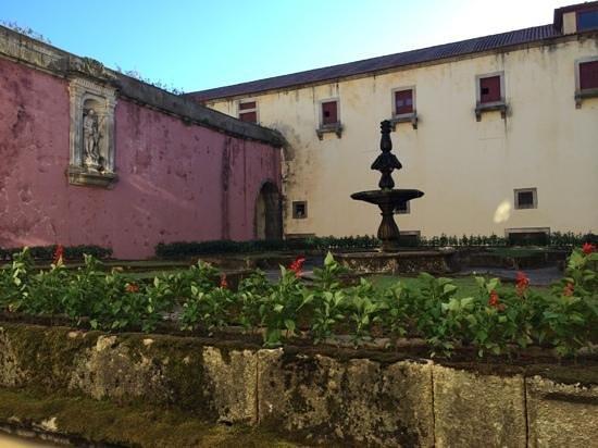 Hospedaria Convento de Tibaes: ancien monastère vue cours intérieure