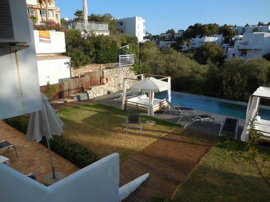 Ferrera Beach Apartments: view from balcony