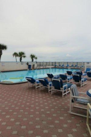 Catalina Beach Club: Pool Area