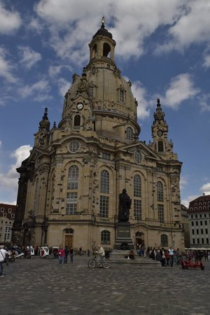 Frauenkirche: From outside
