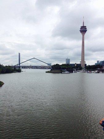 Oberkassel: View from the bridge