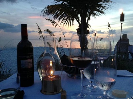 Little Palm Island Resort & Spa, A Noble House Resort: Perfect evening of dinning on the beach