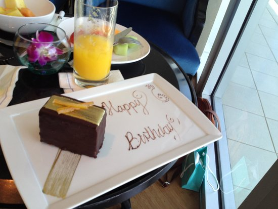 The Ritz-Carlton, South Beach: festa de aniversario no café