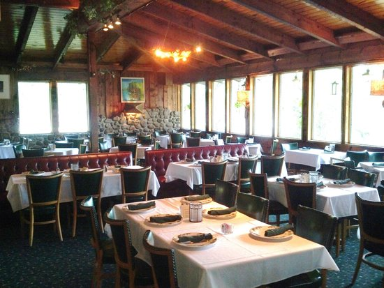 Holiday Acres Resort: Dining room