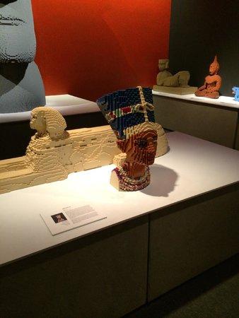Discovery Times Square : Nefertiti