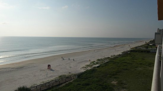 Holiday Inn Resort Daytona Beach Oceanfront: View from 6th floor suite