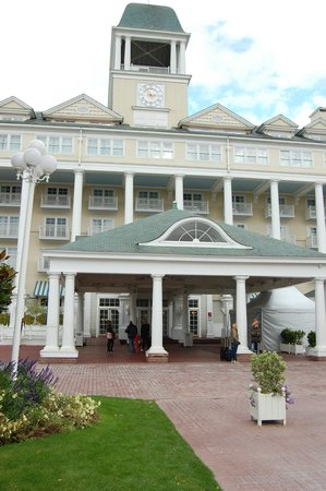 Disney's Newport Bay Club : Вход