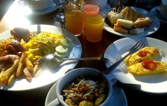 SanGria Resort & Spa: breakfast
