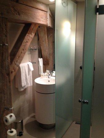 Hotel Brosundet: Salle de bains