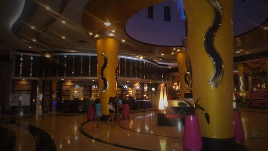 Hotel Riu Palace Bavaro: Lobby