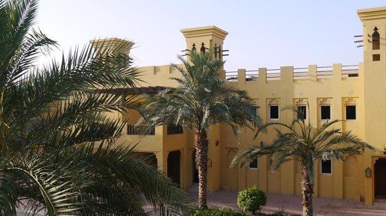 Al Hamra Village Golf & Beach Resort : вид из номера