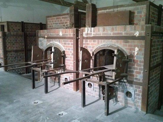 KZ-Gedenkstätte Dachau: Fornos