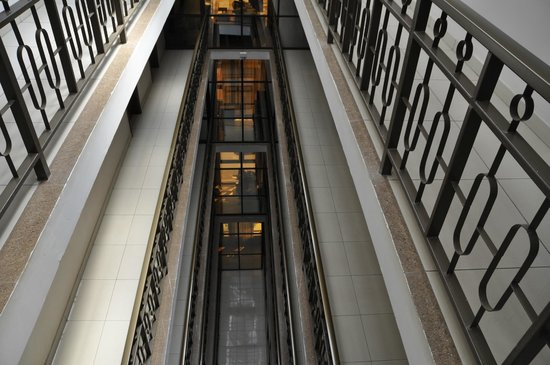 Rich Hotel : Hotel Interior