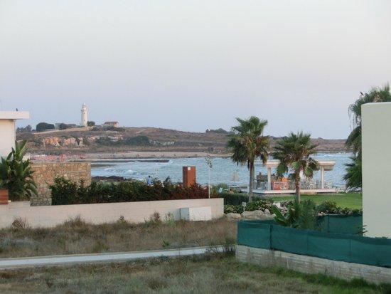 Kefalos Beach Tourist Village: Uitzicht van uit de kamer op het archeologisch park van Paphos