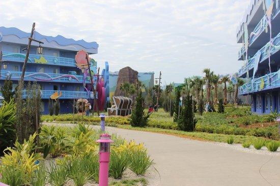 Disney's Art of Animation Resort: Hotel Grounds