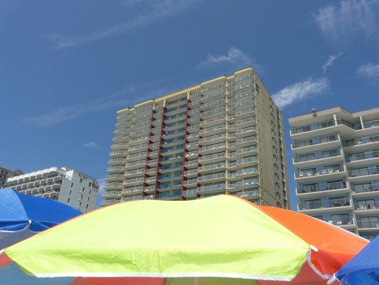 Grand Atlantic Ocean Resort: view of the hotel ocean side