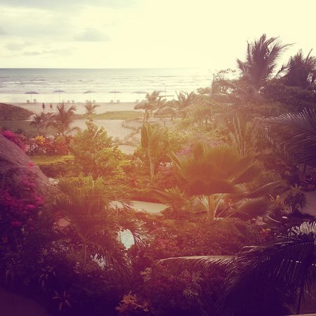 Canoa Beach Hotel: the view!