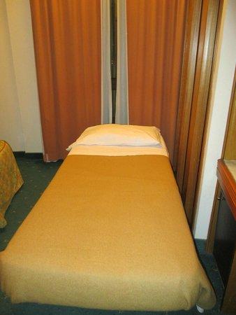 Hotel Grifone Firenze : Terzo letto