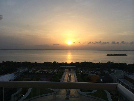 Hard Rock Hotel Cancun: Pôr do sol perfeito!!!