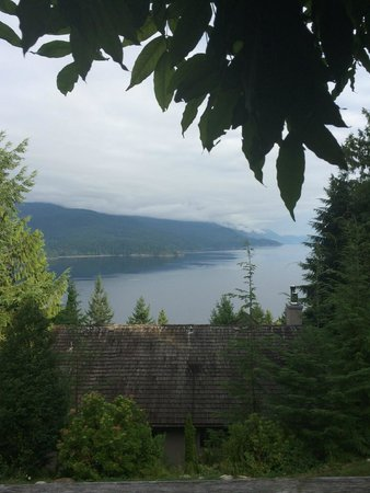 Sechelt Inlet B&B: View from private balcony