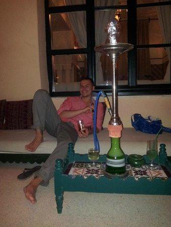Royal Kenz Hotel: shisha bar