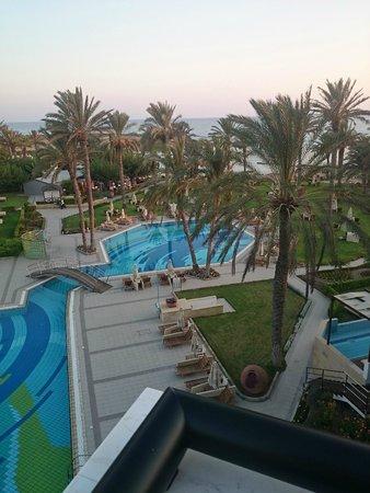 Constantinou Bros Asimina Suites Hotel: Utsikt fra rommet