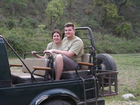Bansi Home Stay: Nathan & Nicola wearing their Bansi t.shirts on Safari
