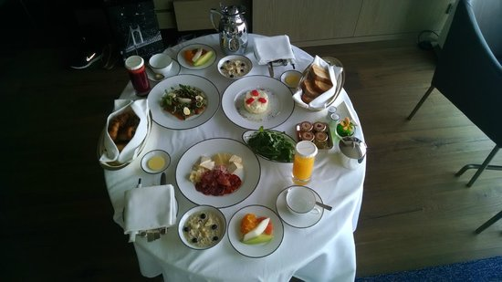 Park Hyatt Busan: room service for breakfast
