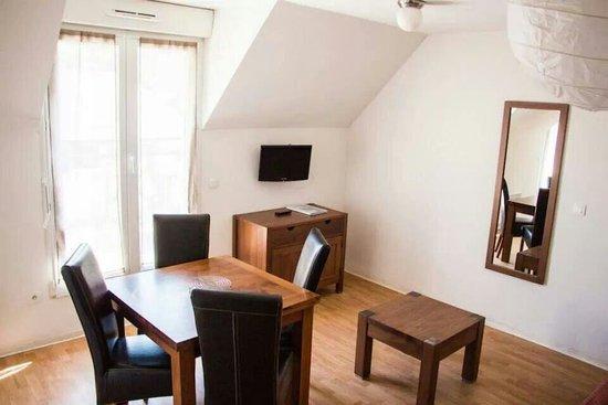 Zenitude Hôtel-Résidences L'Acacia: Séjour