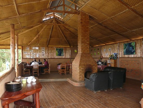 Bakiga Lodge: Dining and relaxation area
