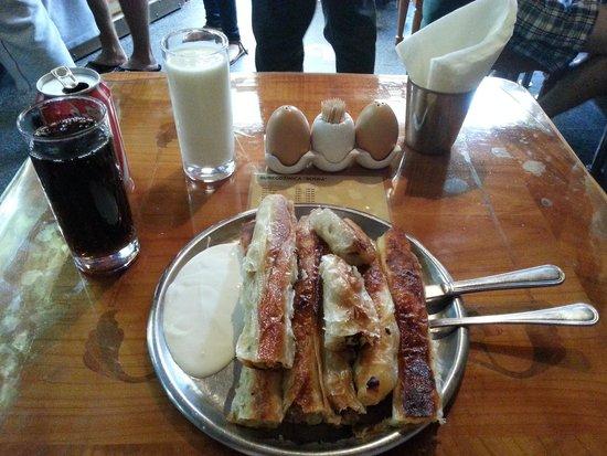 Buregdzinica Bosna: Delicious Goodness
