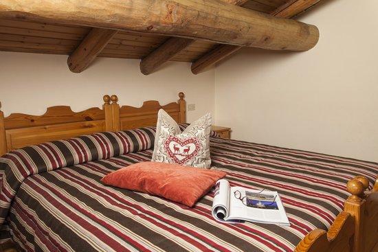 Bellavista Apartments: bedroom Chalet Bellavista Livigno