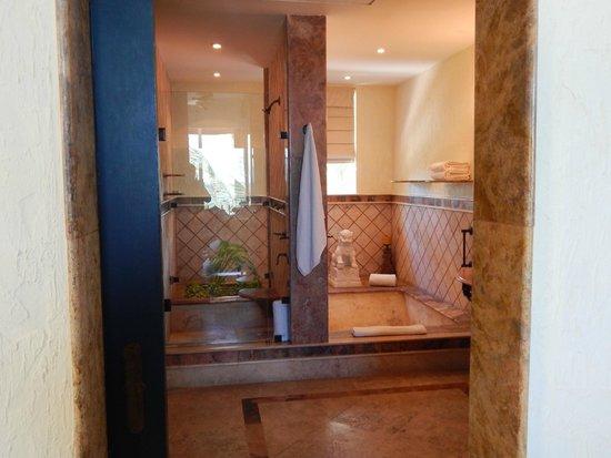 Zoetry Paraiso de La Bonita : Bathroom
