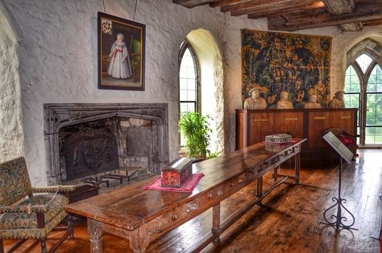 Leeds Castle : Interior.
