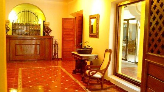Hotel Maison del Embajador: PASILLO