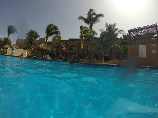 Viva Wyndham Azteca : excelente piscina