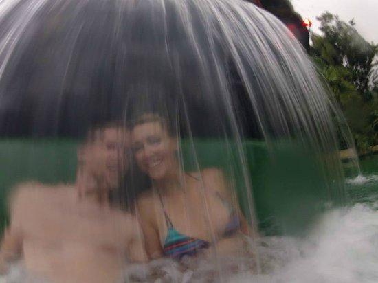 Paradise Hot Springs: romantic!