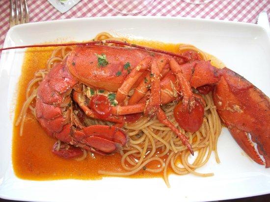 La Taverna dell' Etna: pasta with lobster