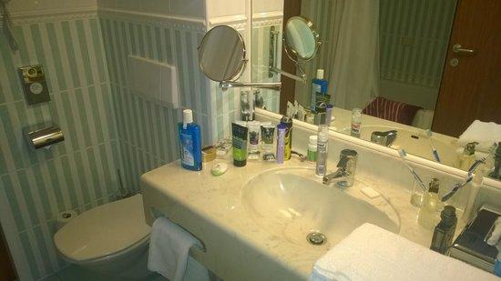 Mercure Warszawa Centrum: salle de bain
