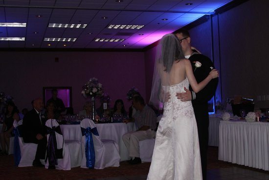 Holiday Inn Palm Beach-Airport Conference Center : the first dance