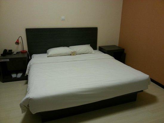 Ibis Beijing Capital Airport: Bed is quite comfort
