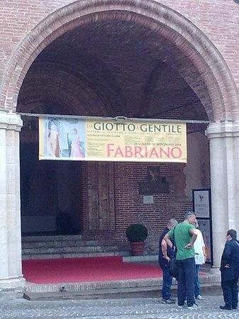 Da Giotto a Gentile Pittura E Scultura a Fabriano Fra Due E Trecento