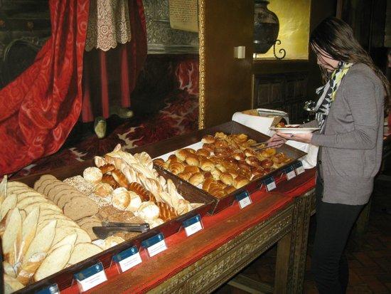 Belmond Hotel Monasterio: Breakfast buffet at the Monasterio Hotel