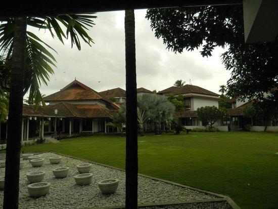 Ramada Resort Cochin: The surroundings..
