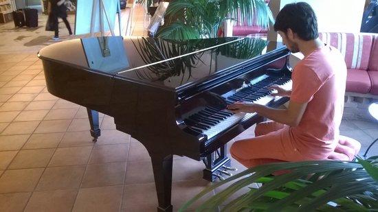 Hotel Gio' Wine e Jazz Area: PIANOFORTE