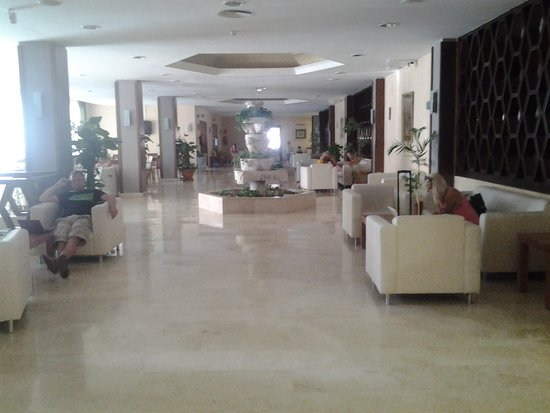 Fiesta Hotel Tanit : inside hotel, lovely and clean