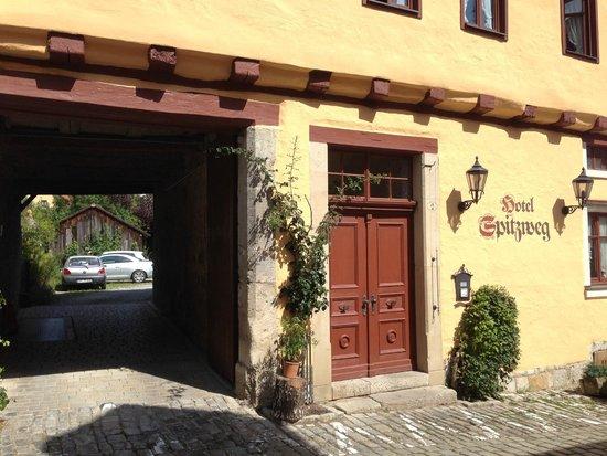 Hotel Spitzweg: Veduta esterna