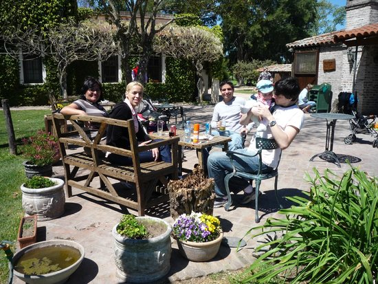 Estancia El Ombu de Areco: Having a snack before Lunch