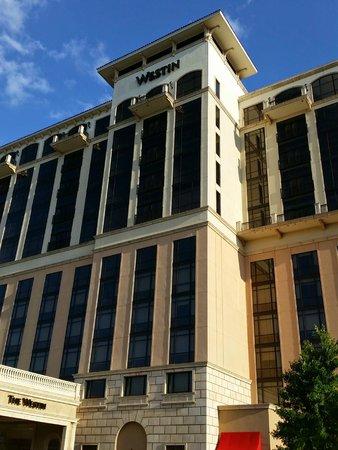 The Westin Huntsville: Hotel Facade