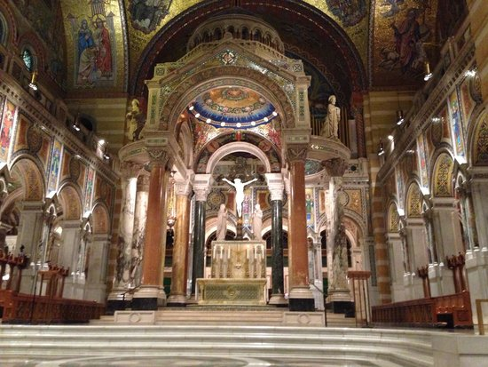 Residence Inn St. Louis Downtown: Cathedral of the basilica  - Outstanding